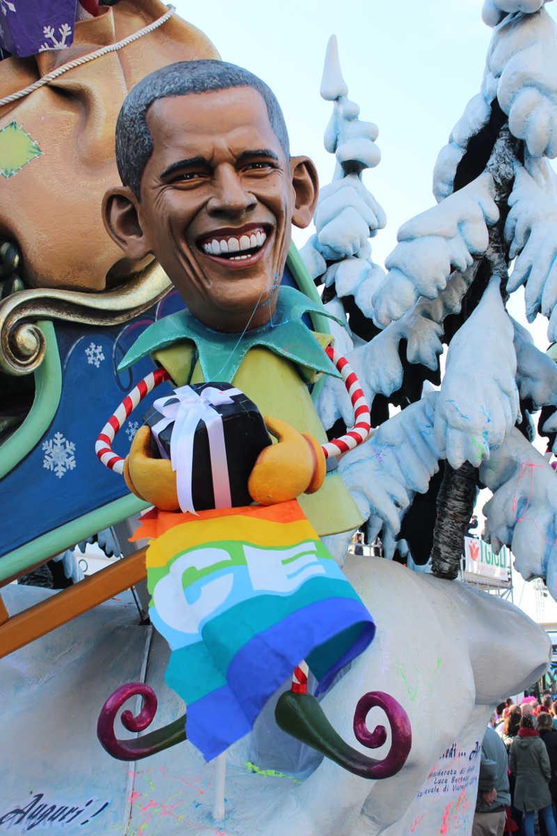 Obama Pace Flag Float, Carinvale di Viareggio, Italy