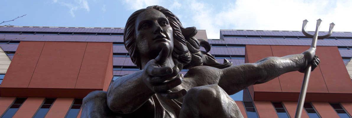 portlandia statue portland oregon