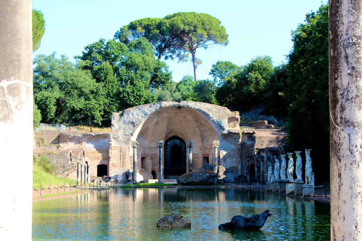 archaeological sites in italy caponis hadrians villa rome lazio