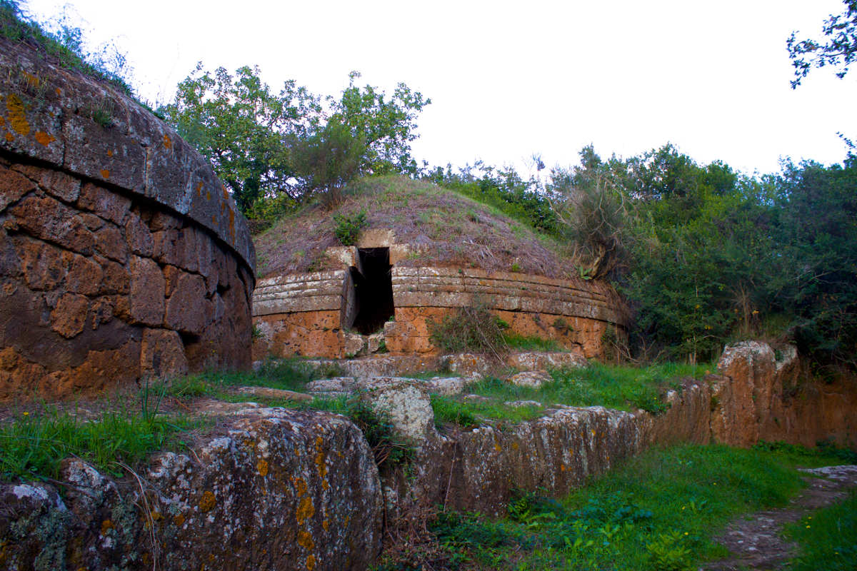 archaeological sites in italy cerveteri tombs outside lazio italy