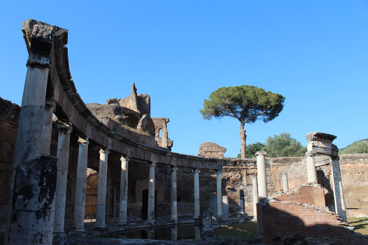 archaeological sites in italy maritime theater hadrian villa tivoli lazio rome