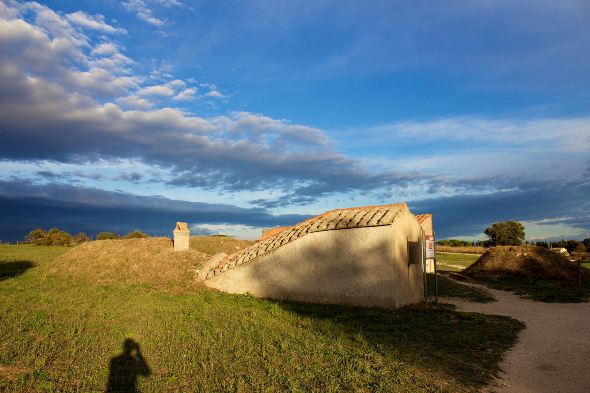 archaeological sites in italy monterozzi necropolis tarquinia huts lazio italy