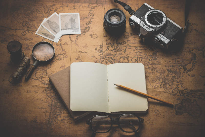 Map with objects - How to Finalize Your Travel Plans - Choosing Where to Travel