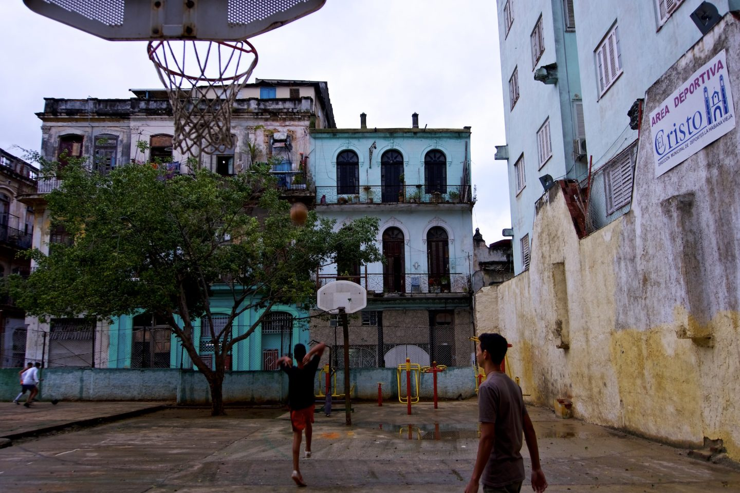 Street basketball game in Havana. Daily life in Cuba.