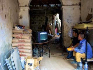 Watching baseball in Trinidad. Daily life in Cuba.
