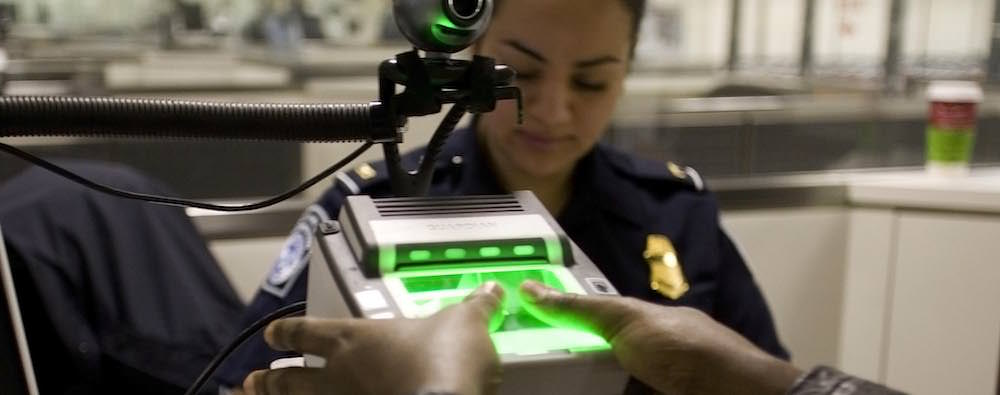 US Border Patrol Agent - How to Protect Your Privacy at the US Border