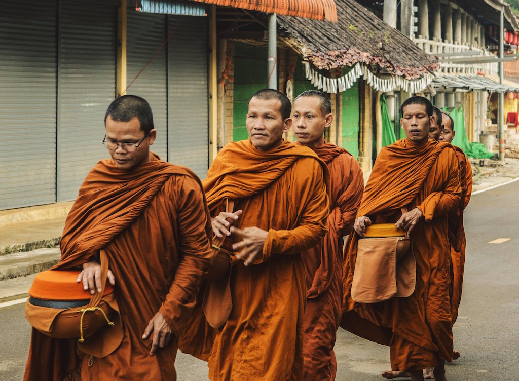 Buddhist monks in Thailand - Only those who dare to fail miserably can achieve greatly