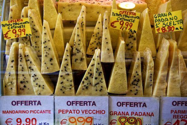 Pepato Vecchio - Authentic Traveling - Your Quick Guide to Sicily