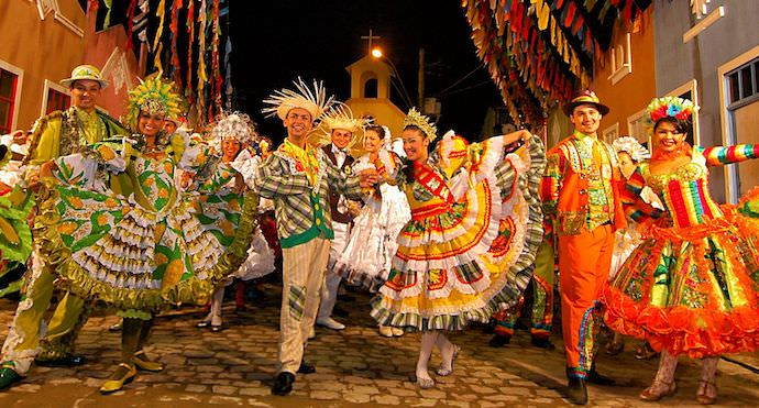 Brazilian People - How to Meet Locals When Traveling - Authentic Traveling
