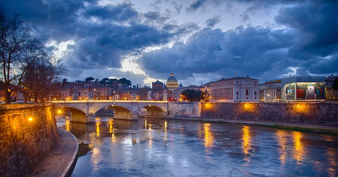 How to Save Money and Avoid Crowds in Rome - Offseason - Authentic Traveling