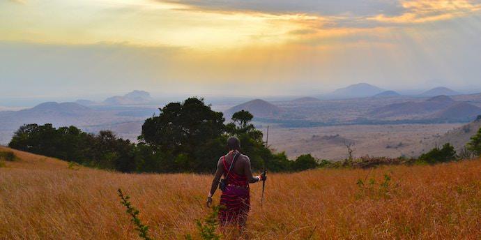 Travel Mindset - Maasai Tribe Keyna - Authentic Traveling