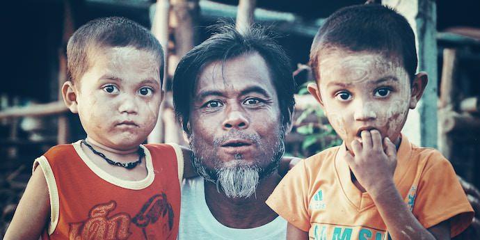 Travel Community - Thai Family - Authentic Traveling